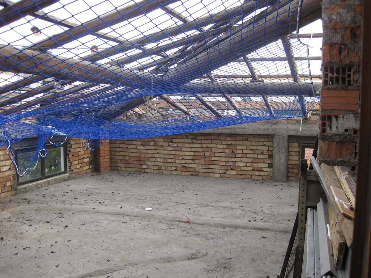 Rifacimento manto di copertura con pannelli in lamiera